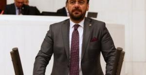 İYİ Parti'den İstifa Eden Manisa Milletvekili Tamer Akkal AK Parti'ye Geçti