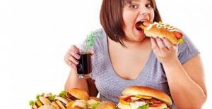 Kilo Almanızın Nedeni Çok Yemek Olmayabilir