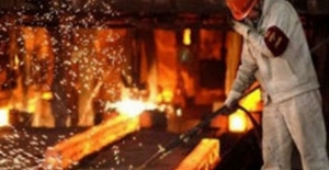 Sanayi Üretimi Bir Önceki Yılın Aynı Ayına Göre Yüzde 9,8 Azaldı