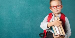 Yanlış Taşınan Okul Çantaları Gelecekte Kronik Bel Ağrısına Zemin Hazırlıyor!
