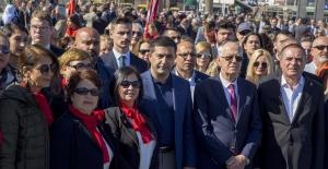18 Mart Çanakkale Zaferi'nin 104. Yılı Kuşadası'nda Törenlerle Kutlandı