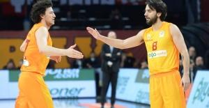 Derbi'nin Galibi Galatasaray Doğa Sigorta