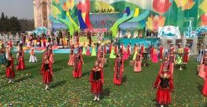 Nevruz Kazakistan'da Coşkuyla Kutlanıyor