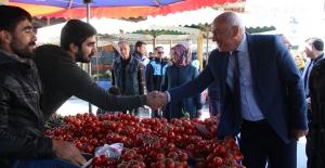 Başkan Tuncel'e Pazaryerinde Sevgi Seli