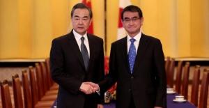 Çin ve Japonya Dışişleri Bakanları Bir Araya Geldi