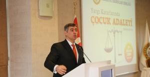 Feyzioğlu: Türkiye Barolar Birliği; AK, AB Ve BM Projelerinin Çatı Kuruluşu Oluyor