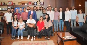 Başkan Çetin: CHP'yi Gençler Büyütecek