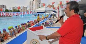 """Başkan Çetin: """"Çukurova Belediyesi'nin Yüzme Kurslarında 10 Bin Çocuk Yüzme Öğrenecek"""""""