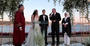 Cumhurbaşkanı Erdoğan, Mesut Özil'in Nikah Törenine Katıldı