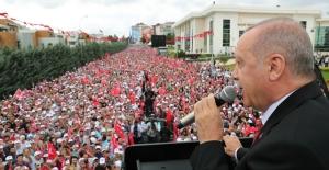 Cumhurbaşkanı Erdoğan'dan Suriyelilere Maaş Ödendiği İddiasına Yanıt!