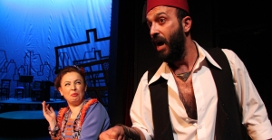 'Nöbetçi Tiyatro'da Bu Hafta 'Akide Şekeri' Sanatseverlerle Buluşuyor