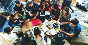 """Türkiye'nin Yeni Öğrenci Profili: """"Evrensel Ve Adaptasyon Becerisi Yüksek Öğrenciler"""""""