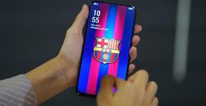 Barcelona Kulübüne Özel, Sınırlı Sayıda Yeni Bir Akıllı Telefon Üretildi