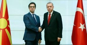 Cumhurbaşkanı Erdoğan, Kuzey Makedonya Cumhurbaşkanı Pendarovski İle Görüştü