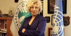 """Prof. Dr. Sevil Atasoy, """"Çocukları İnternet Üzerinden Avlayanlar Var"""""""