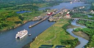 Trump'ın Çin Kararları Panama Kanalı'nın Gelirlerini Düşürdü