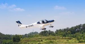 Çinli Şirket Yerel Üretim Uçağını 3 Bin Metre İrtifada Test Etti