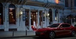 Magnum'dan Gerçek Hazzın Hediyesi İki Maserati