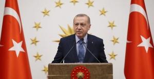 Cumhurbaşkanı Erdoğan, Dünya Şampiyonu Şaziye Erdoğan'ı Tebrik Etti