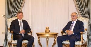 Feyzioğlu, KKTC Cumhurbaşkanı Akıncı'yı Ziyaret Etti