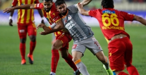 Galatasaray, Malatya'dan Beraberlikle Dönüyor