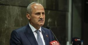 """Bakan Turhan'dan 'Haydarpaşa ve Sirkeci Gar Sahası"""" Açıklaması"""