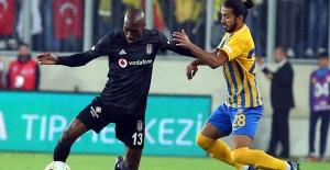 Beşiktaş Puan Kaybetmeye Devam Ediyor!