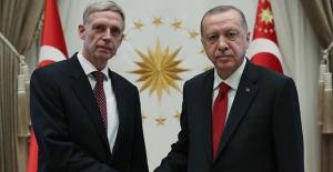 Cumhurbaşkanı Erdoğan Büyükelçilerin Güven Mektuplarını Kabul Etti