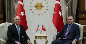 CumhurbaşkanıErdoğan, ABD Başkan Yardımcısı Pence'i Kabul Etti