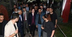 İYİ Parti Genel Başkanı Akşener, Muş'ta Partililerle Yemekte Buluştu