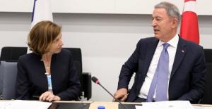 Milli Savunma Bakanı Akar, Fransa Mevkidaşıyla Görüştü