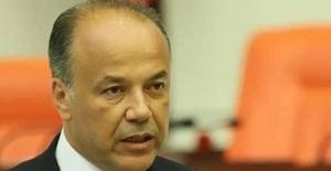 AK Parti'li Yavuz İzmir'deki 'Provakatif Eylemi' Kınadı