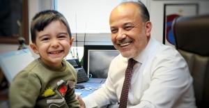 AK Parti'li Yavuz'dan 20 Kasım Dünya Çocuk Hakları Günü Mesajı