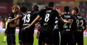 Beşiktaş, Antalya'dan Şen Dönüyor