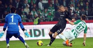 Beşiktaş, İttifak Holding Konyaspor'u Tek Golle Mağlup Etti