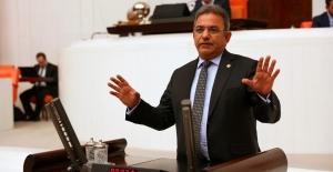 """CHP'li Budak, """"Liyakati Hiçe Sayıp, Kendi Kadrolarını Ödüllendiriyorlar"""""""