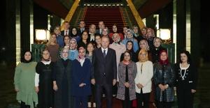 Cumhurbaşkanı Erdoğan, Hereke Halı Fabrikası Çalışanlarını Kabul Etti