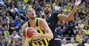 Derbiyi Fenerbahçe Beko Kazandı