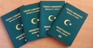 Egeli 509 İhracatçının Başına Yeşil Pasaport Kondu