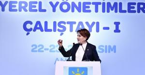 İYİ Parti Genel Başkanı Akşener Antalya'da Kale Komutanlarıyla Buluştu