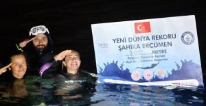 Şahika Ercümen'den DEVA Sponsorluğu İle Bir Dünya Rekoru Daha