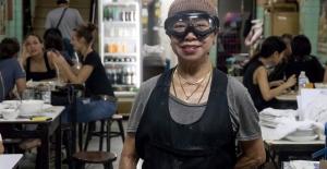 Sokak Yemeği Dünyasının Michelin Yıldızlı Kraliçesi, Tayland'lı Jay Fai Türkiye'ye Geliyor