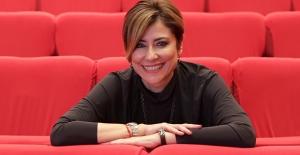 Yapımcı Elif Dağdeviren TÜRSAK'ın Başkanlık Koltuğunda
