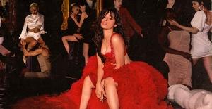 """Camila Cabello'nun Merakla Beklenen İkinci Albümü """"Romance"""" Yayınlandı!"""