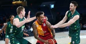 Galatasaray Doğa Sigorta Farklı Kazandı