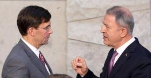 Bakan Akar, ABD Savunma Bakanı Esper ile Telefonda Görüştü