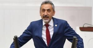"""CHP'li Adıgüzel: """"Diyanet Başkanının Lise Mezunu Kardeşi Üniversiteye Mi Atandı?"""""""