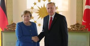 Cumhurbaşkanı Erdoğan, Almanya Başbakanı Merkel İle Görüştü