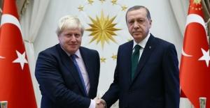 Cumhurbaşkanı Erdoğan, Birleşik Krallık Başbakanı Johnson İle Telefonda Görüştü