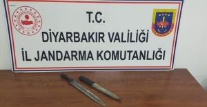 Diyarbakır'da Osmanlıca Yazıların Olduğu Hançer Ve Kını Ele Geçirildi